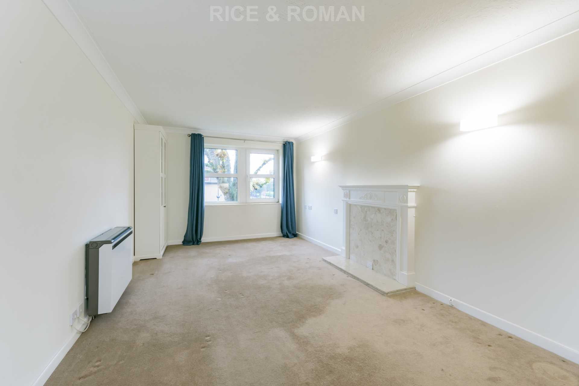 House To Rent In London L2L4571-191
