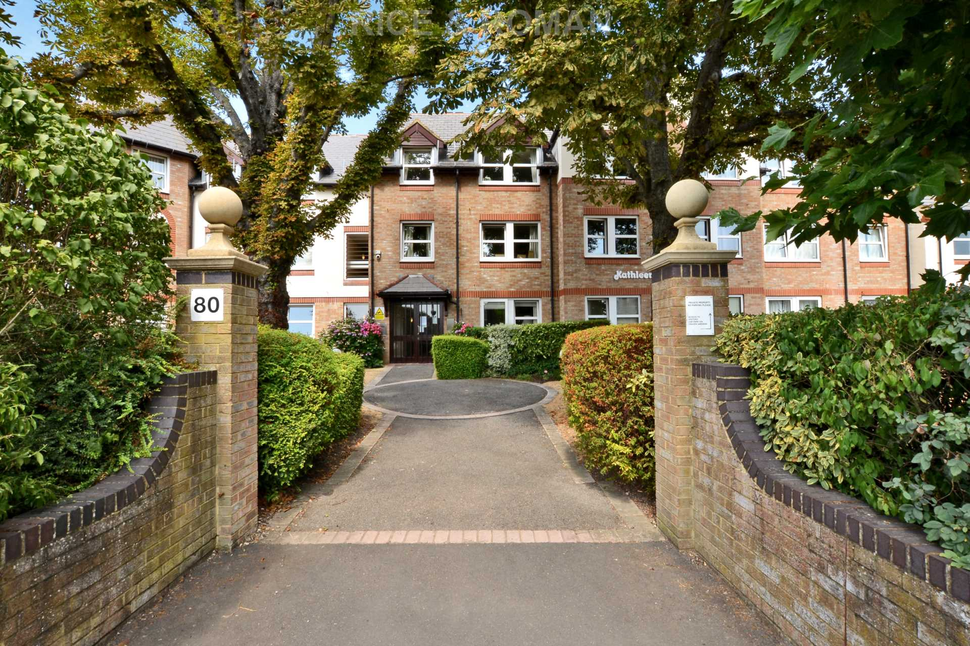 Property To Rent In London L2L4571-192