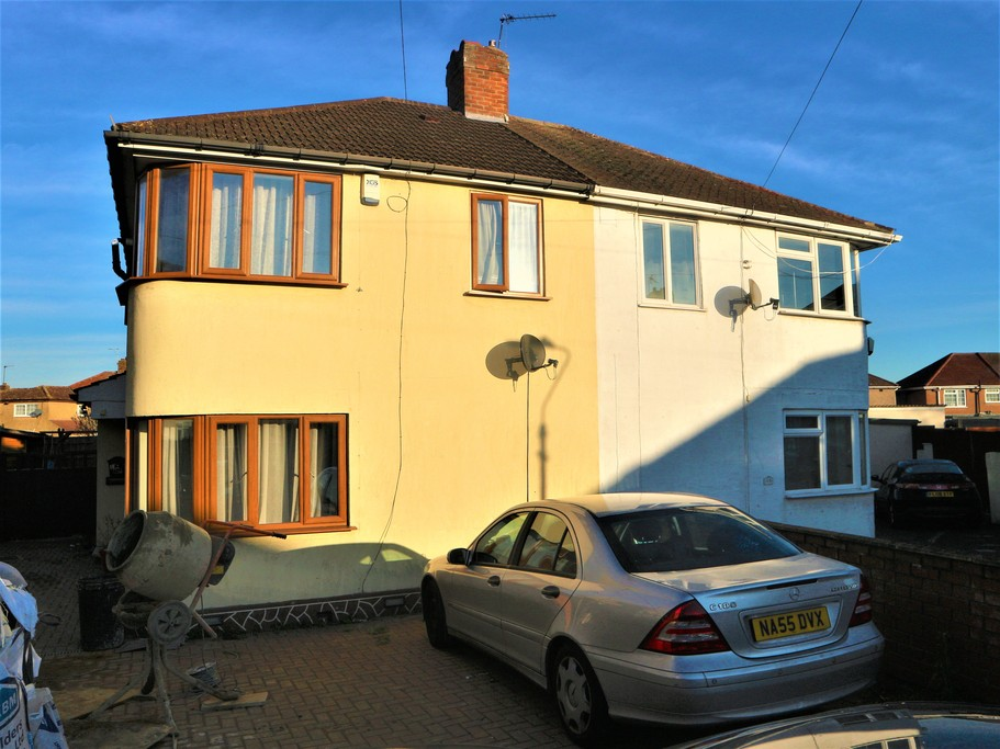 Property To Rent In London L2L4583-100