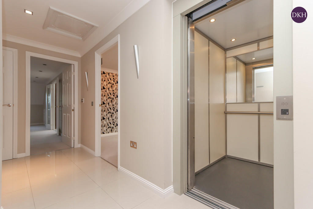 Flats And Apartments To Rent In Oxhey L2L4788-1028