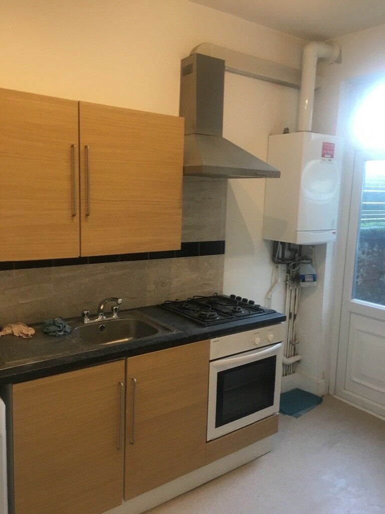 Flats And Apartments To Rent In Clapham L2L4793-1414