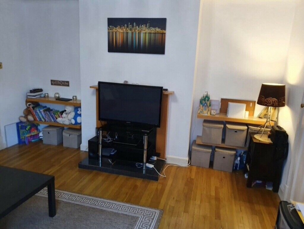 Flats And Apartments To Rent In London L2L4793-1465