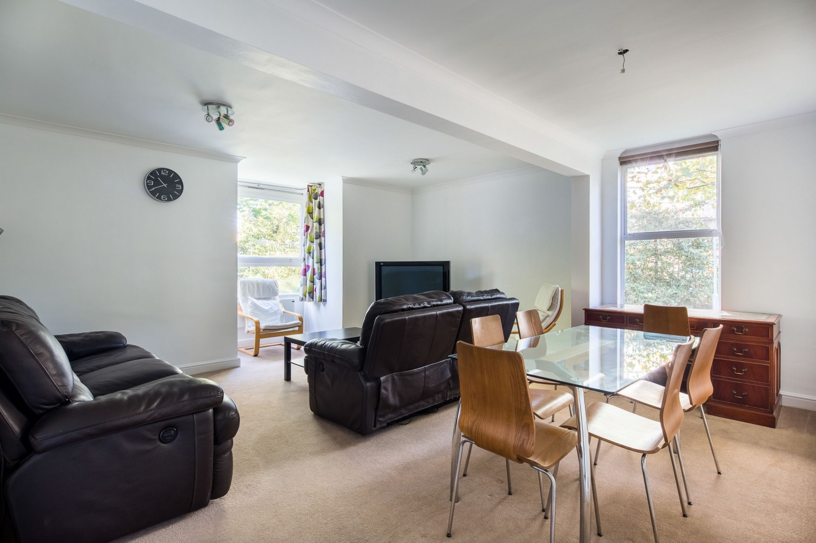 Property To Rent In London L2L4835-1076