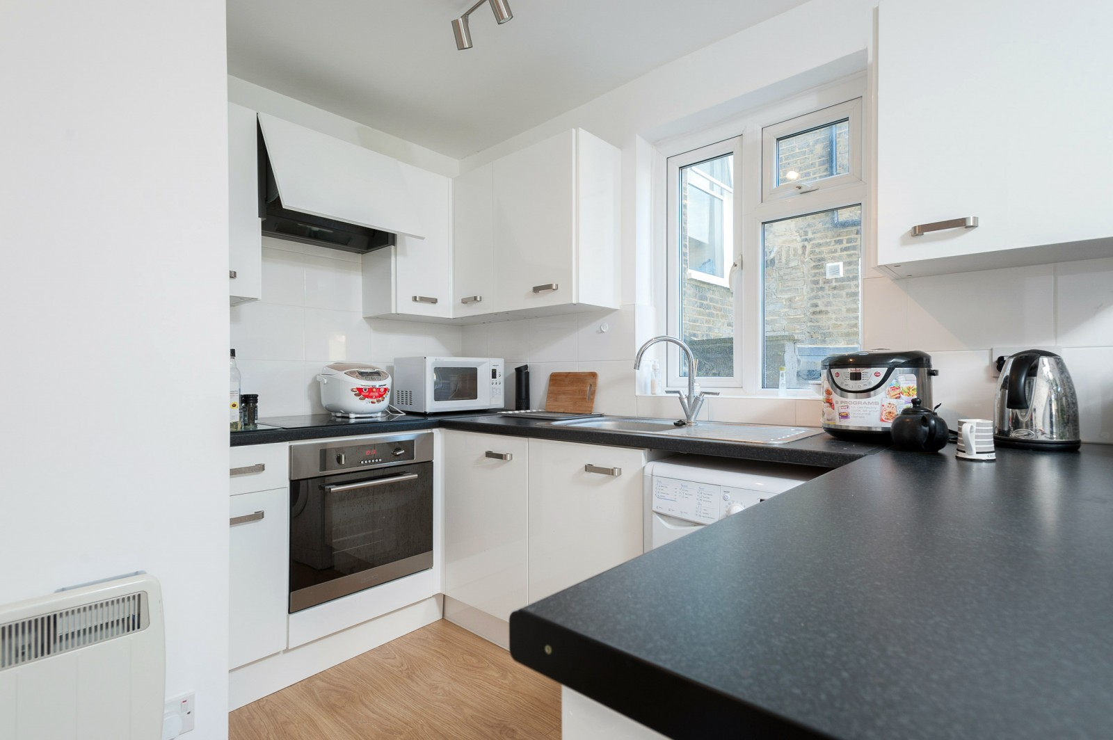 Flats And Apartments To Rent In London L2L4835-648
