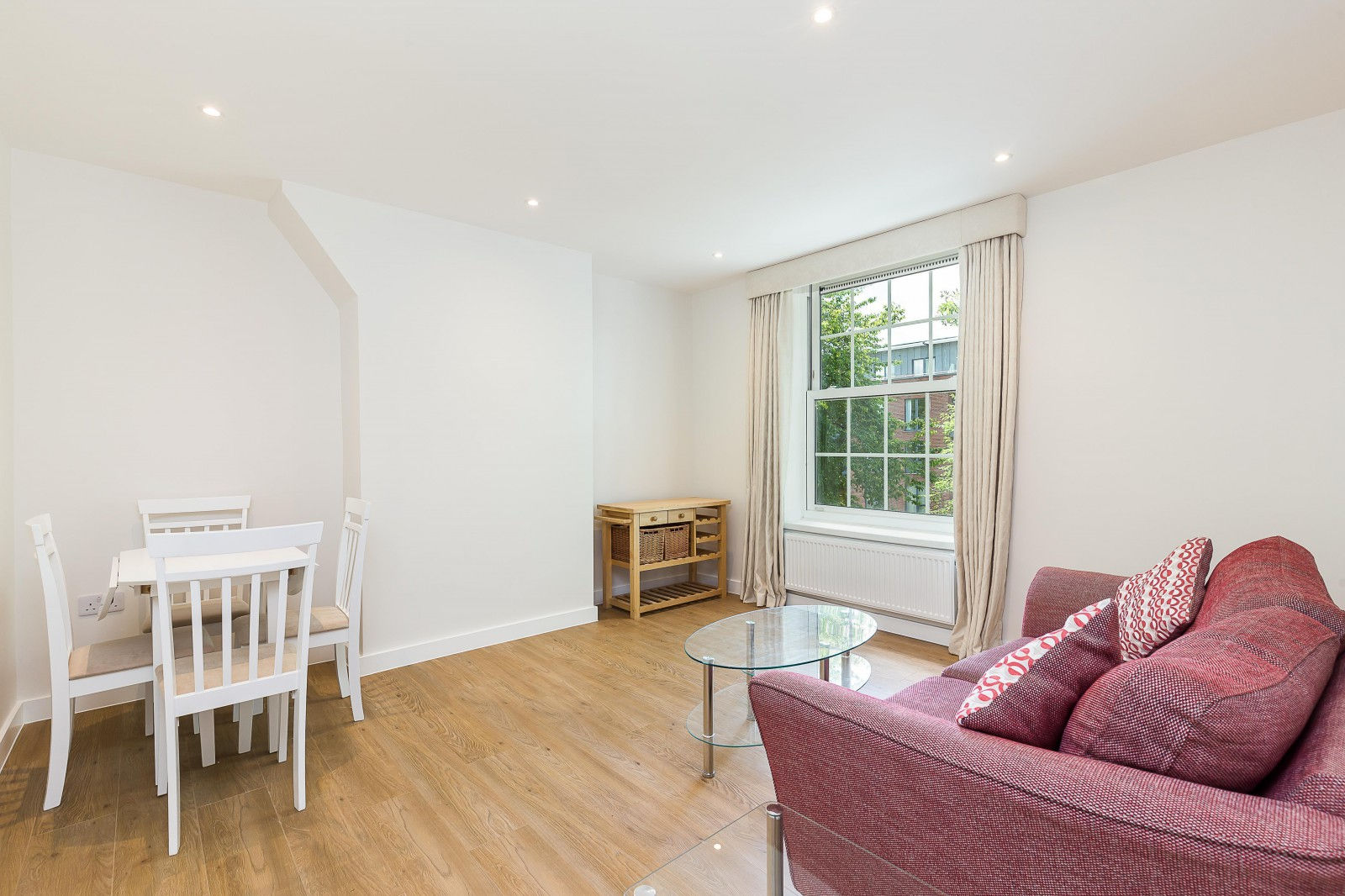 Property To Rent In London L2L4835-1096