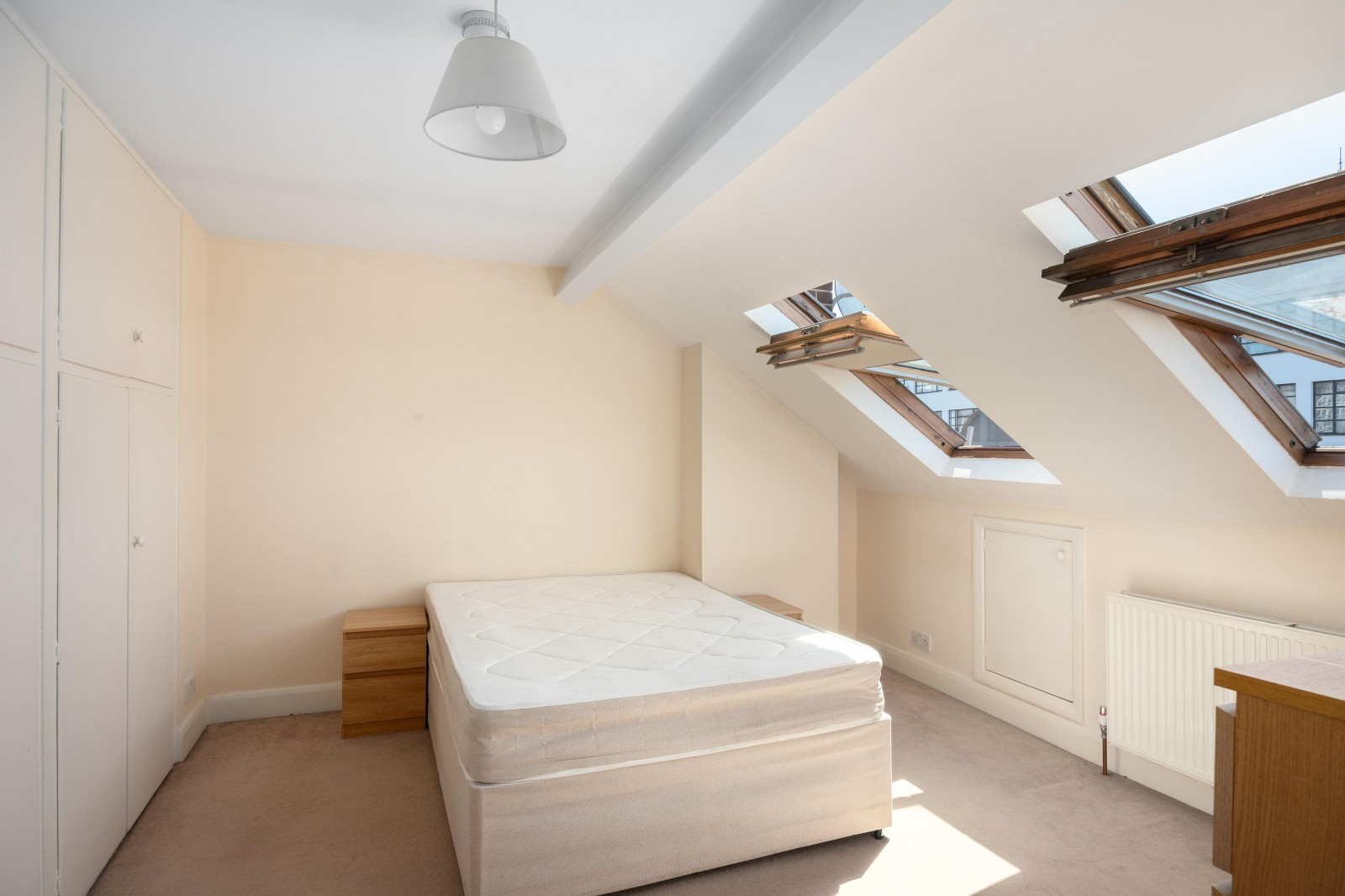 Flats And Apartments To Rent In Clapham L2L4835-539