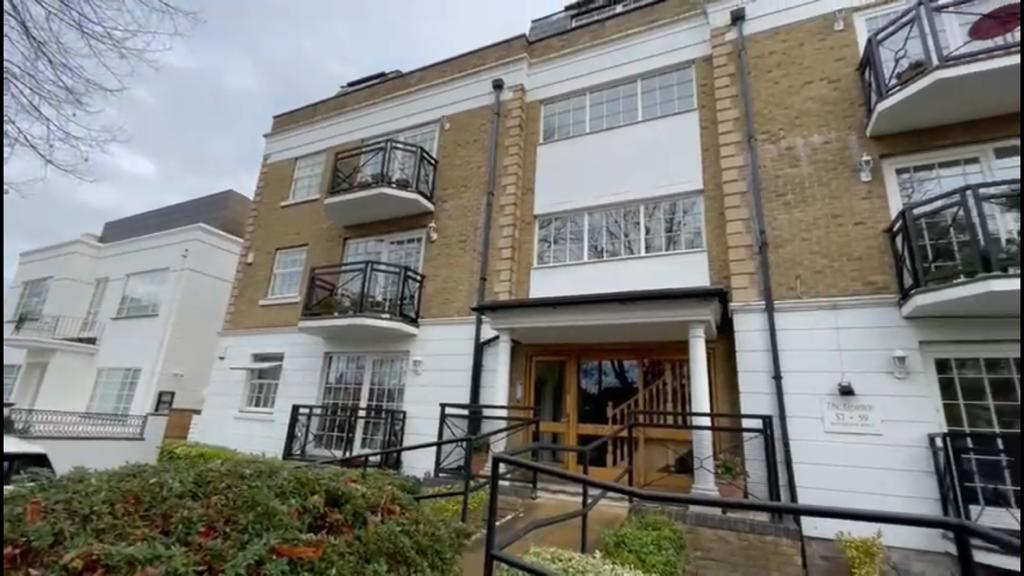 Property To Rent In London L2L4886-599
