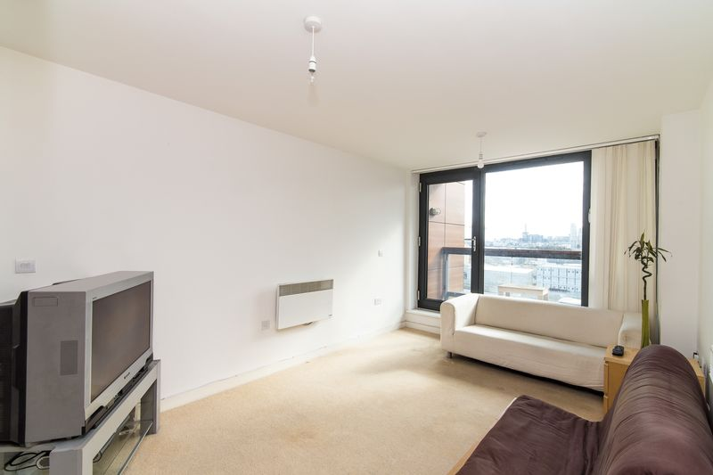 Property & Flats to rent with Ranson (London) L2L4917-605