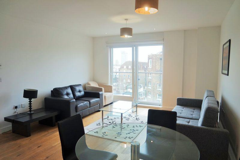 Property & Flats to rent with Ranson (London) L2L4917-668
