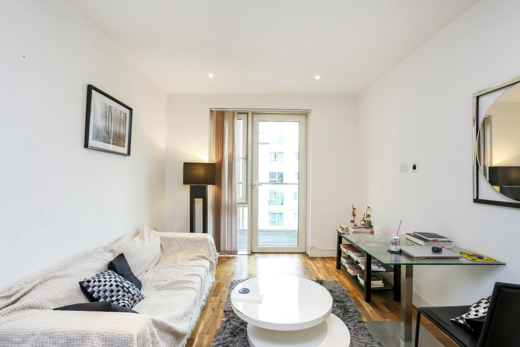Flats And Apartments To Rent In London L2L5487-100