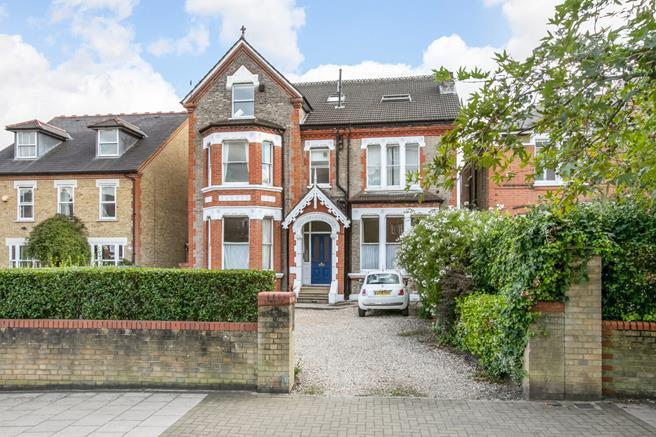 Flats And Apartments To Rent In London L2L5523-377
