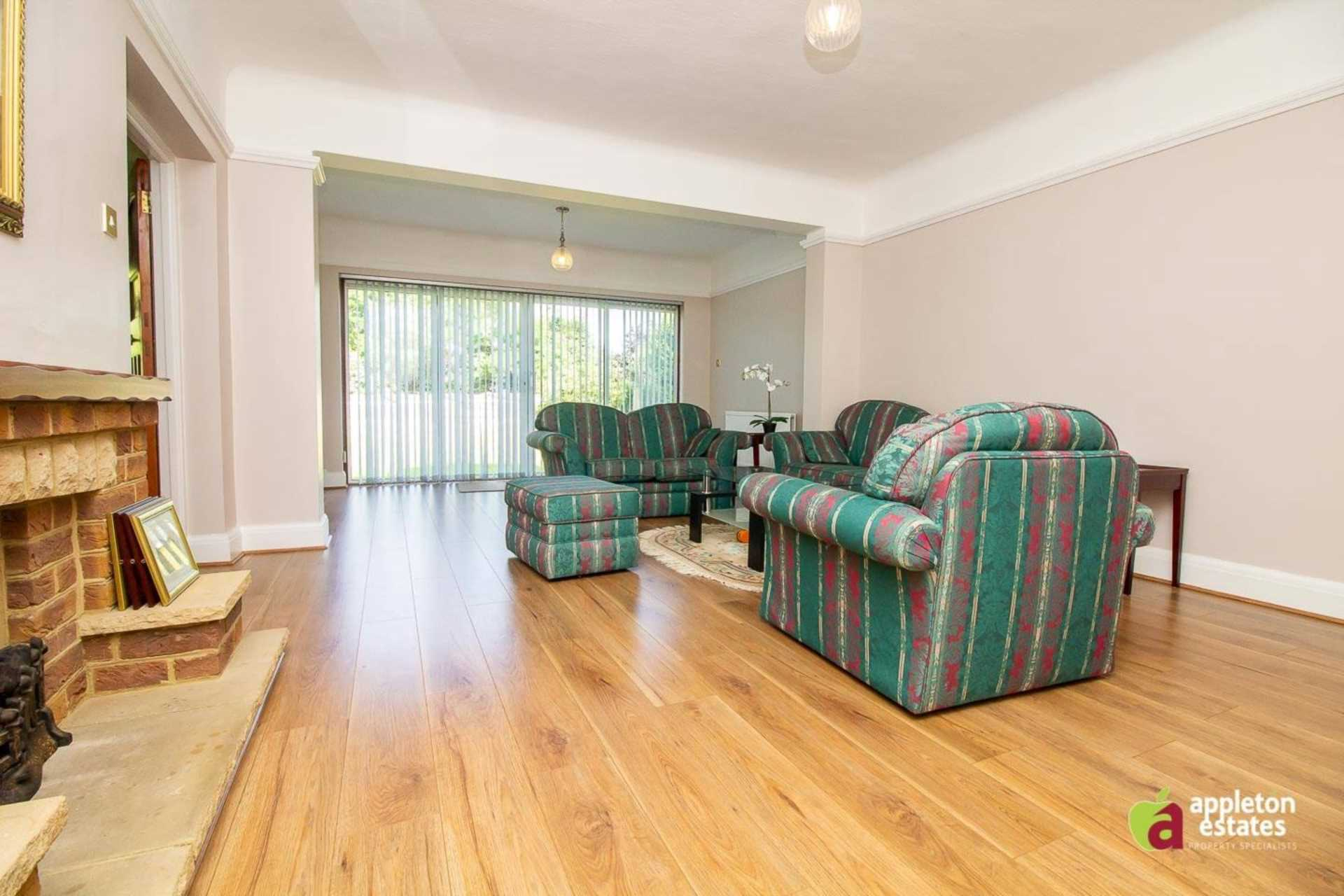 Rent In Purley L2L5590-1046