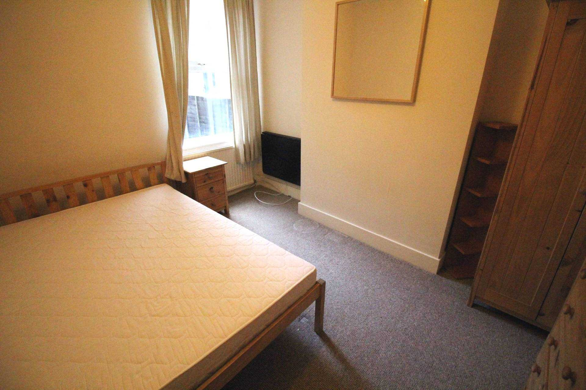 Property To Rent In London L2L5590-1023