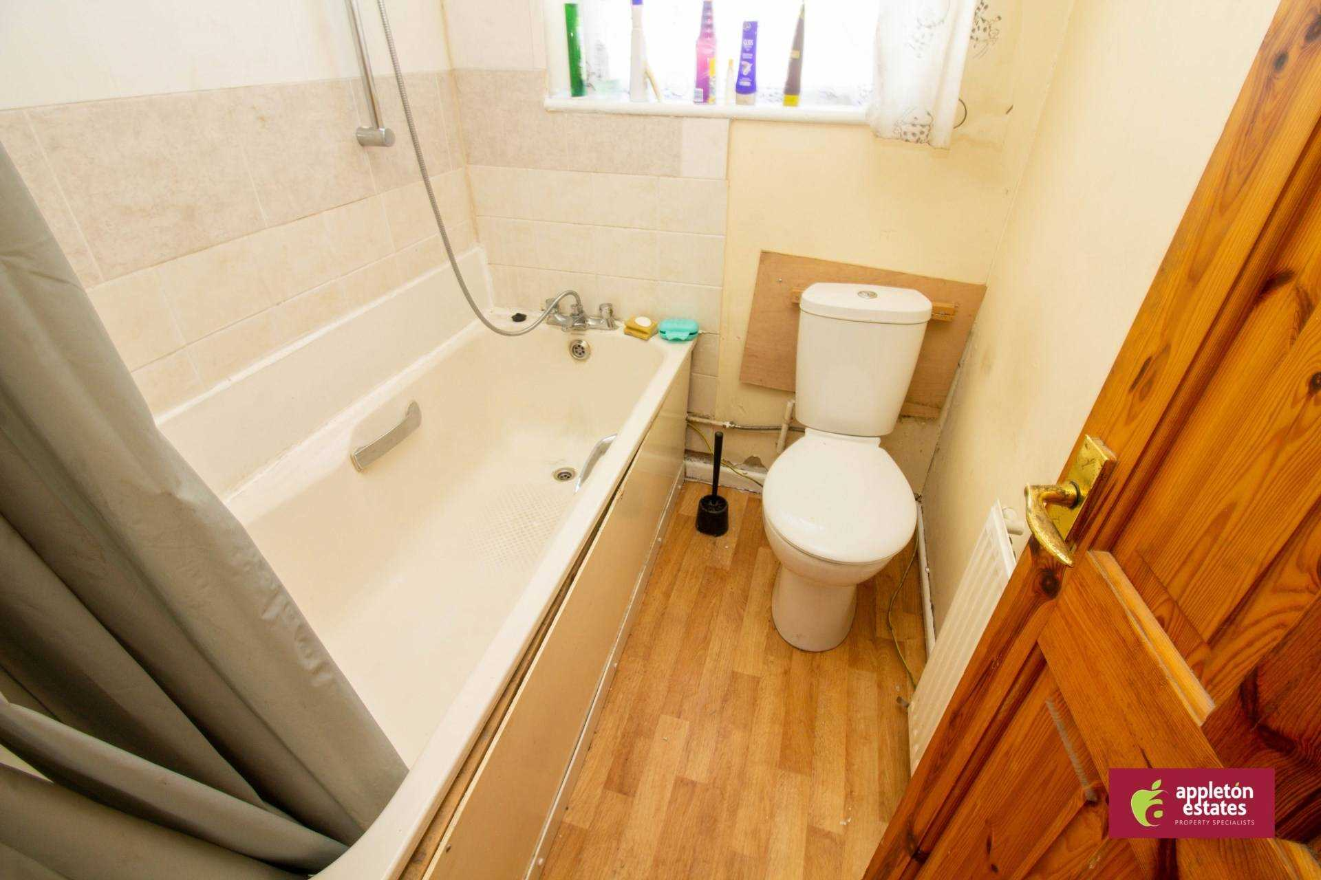 Flatshare To Rent In Selsdon Parade L2L5590-982