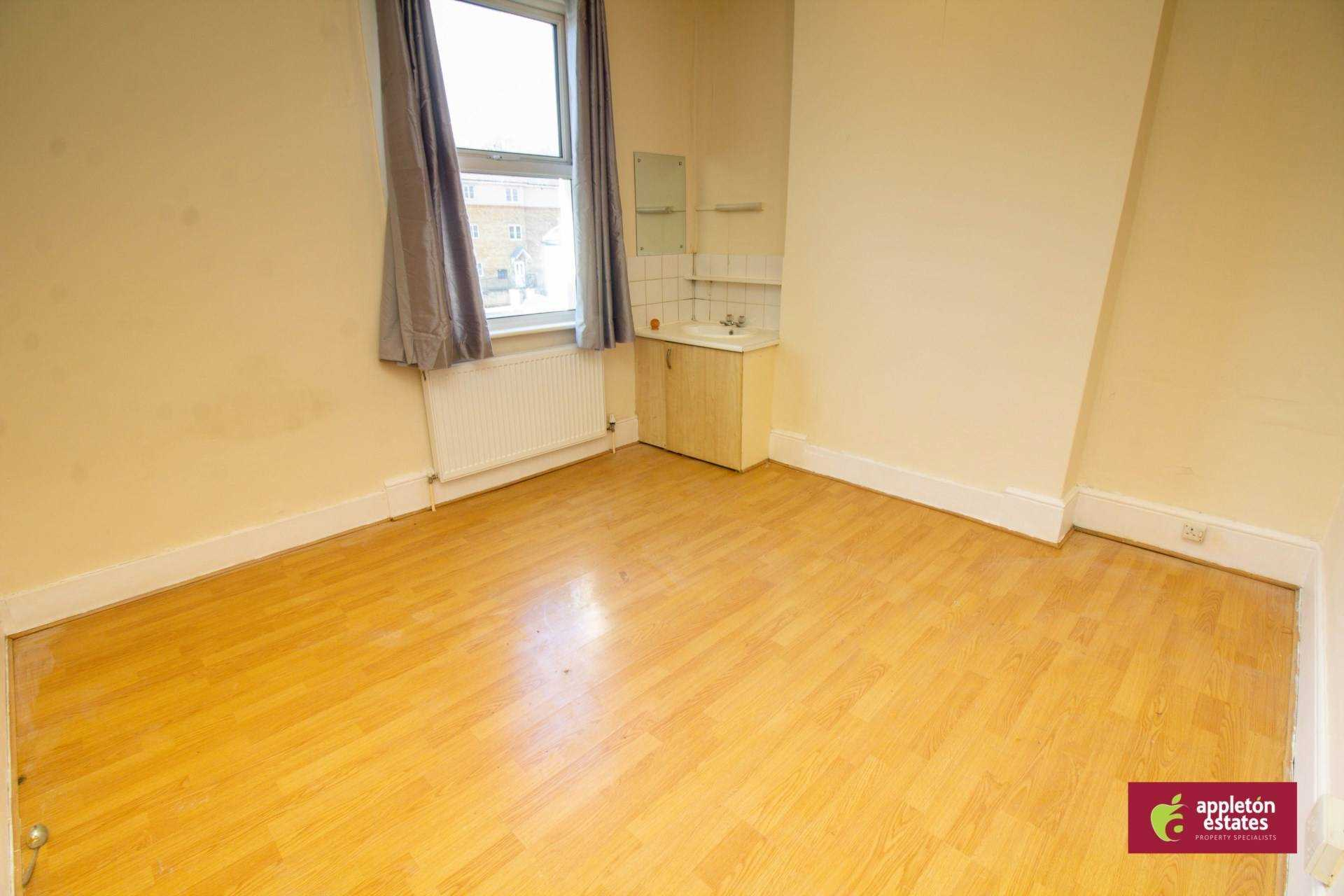 Flatshare To Rent In London L2L5590-983