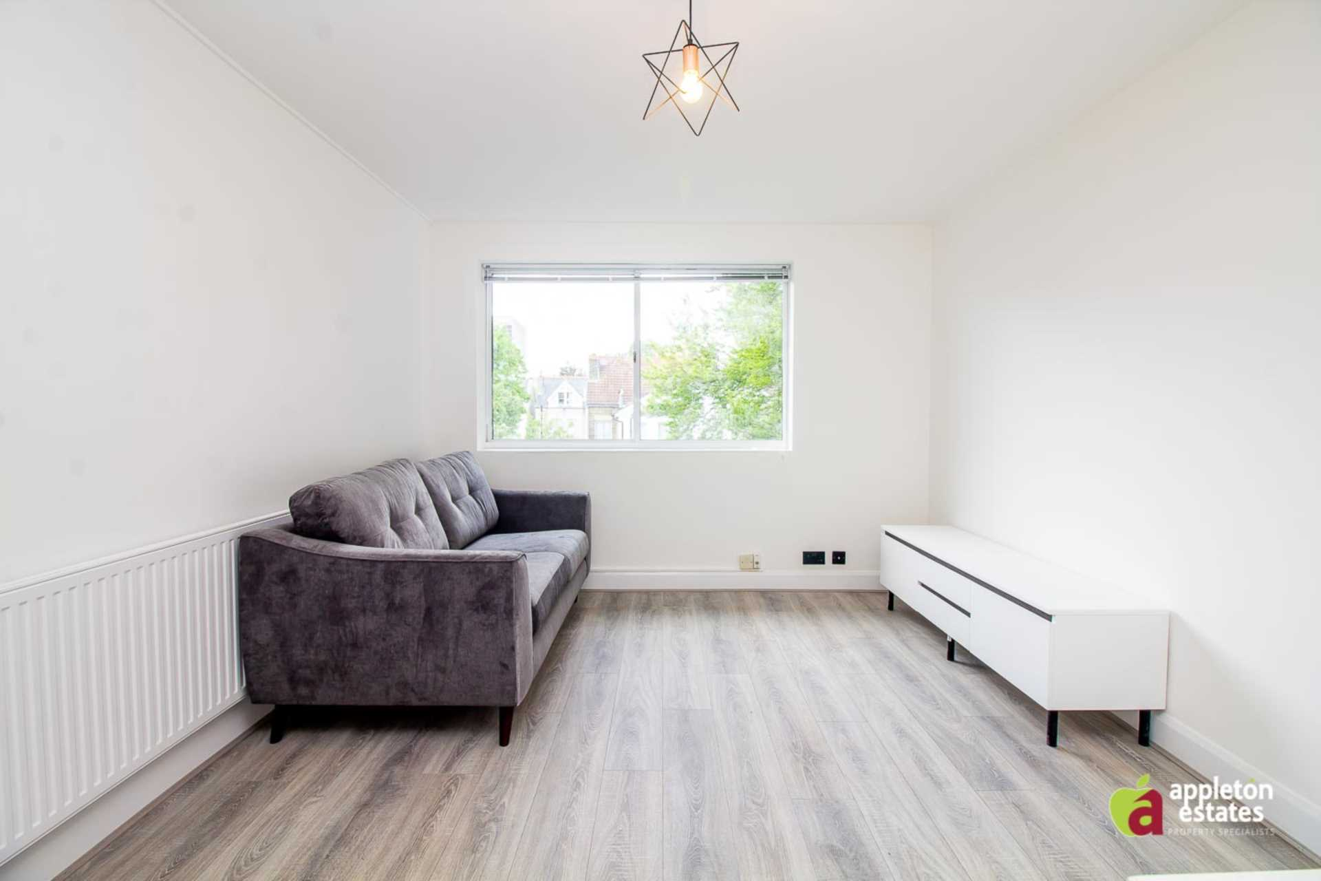 Flats And Apartments To Rent In London L2L5590-1109