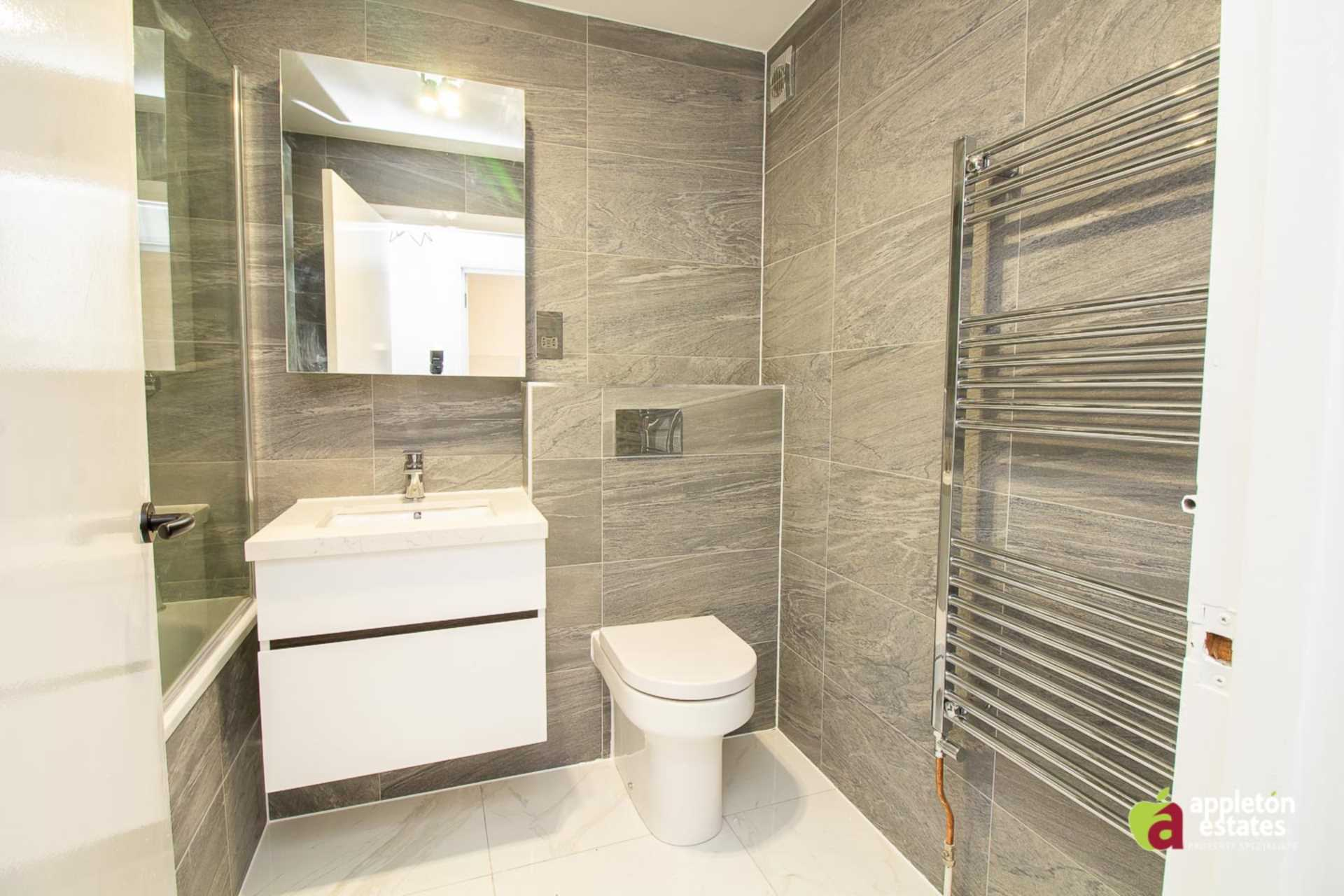 Flats And Apartments To Rent In East Croydon L2L5590-1109