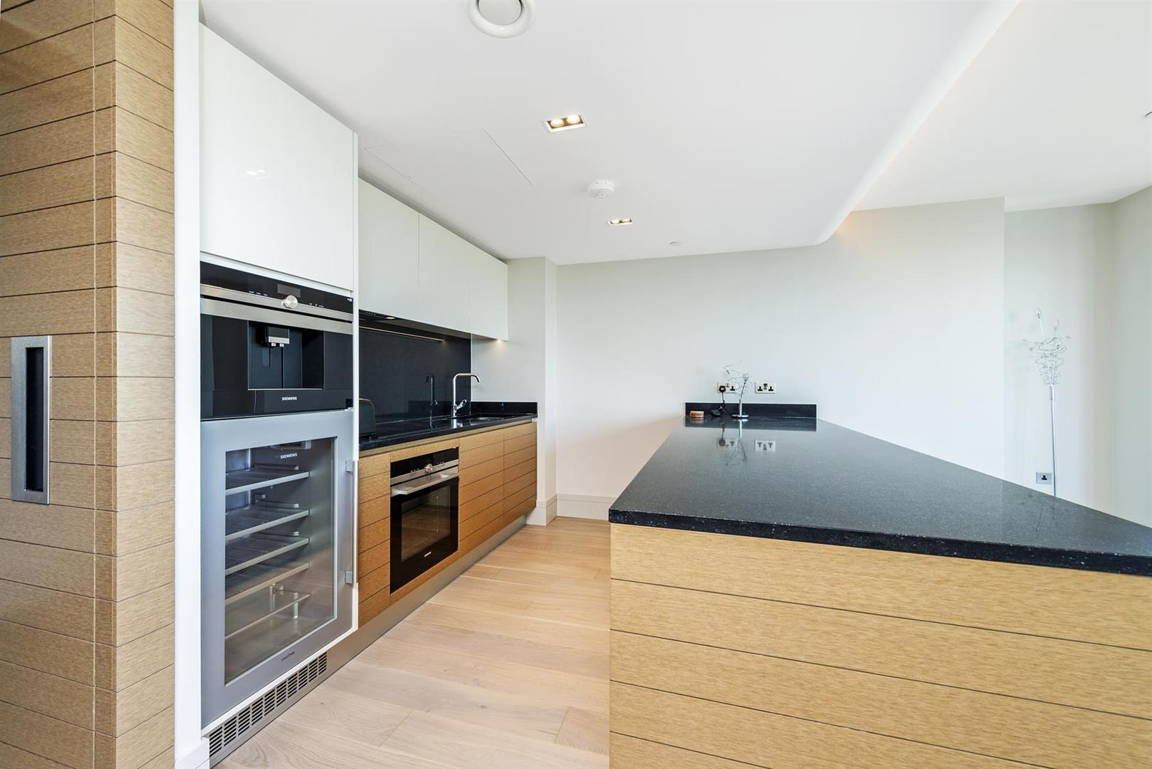 Flats And Apartments To Rent In London L2L5657-1128