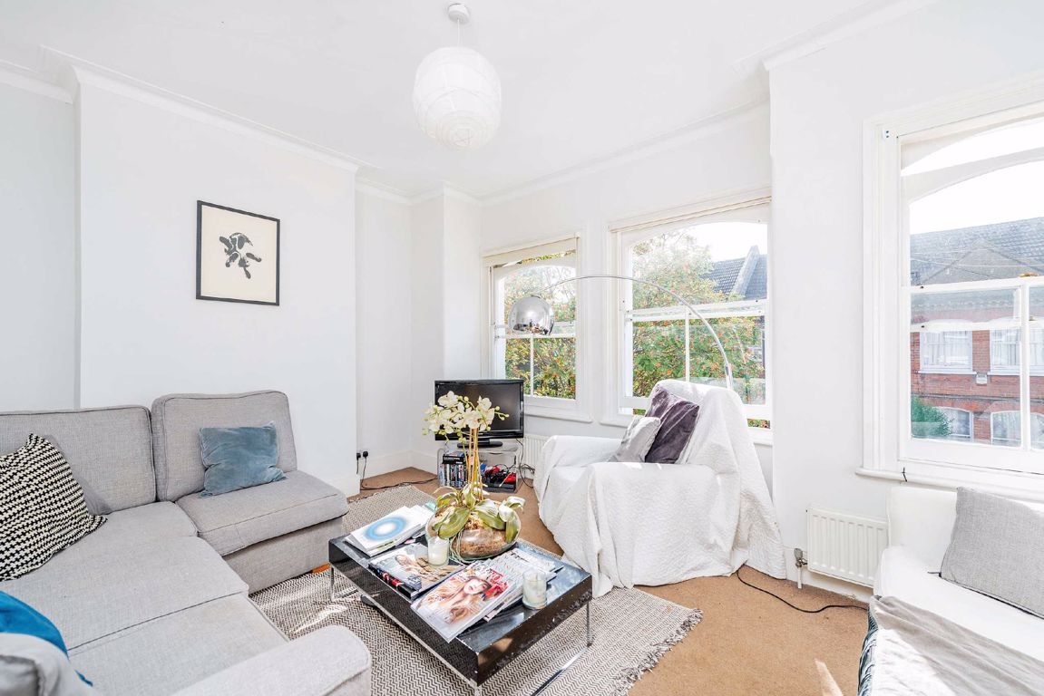 Property To Rent In London L2L5693-674