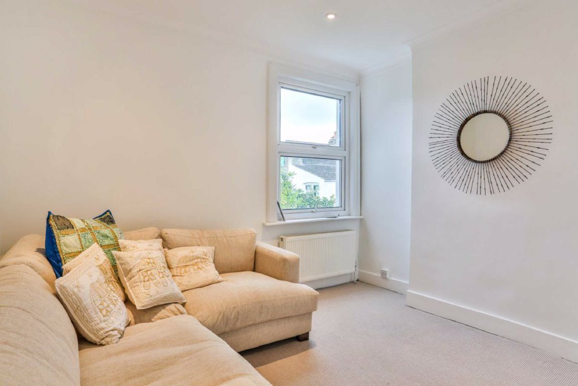 Flats And Apartments To Rent In Parsons Green L2L5693-678