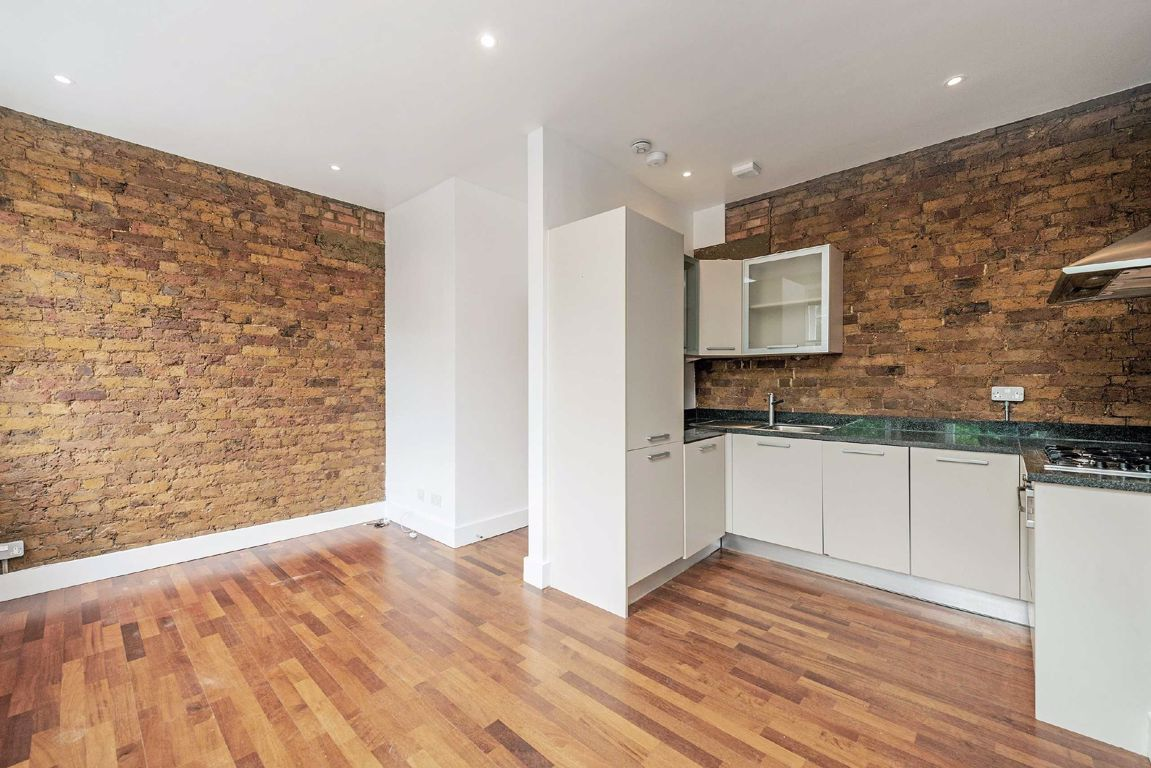 Property To Rent In London L2L5693-1920