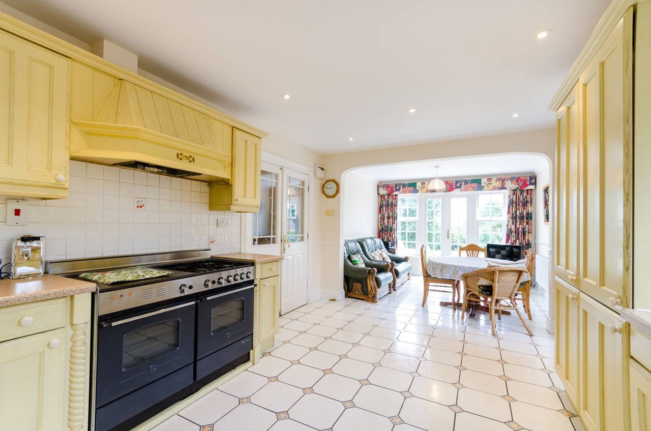 House To Rent In Upper Norwood L2L5739-1314