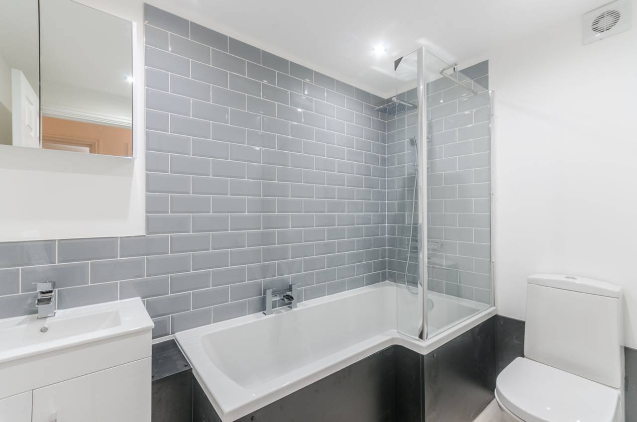 Flats And Apartments To Rent In West Norwood L2L5739-1296