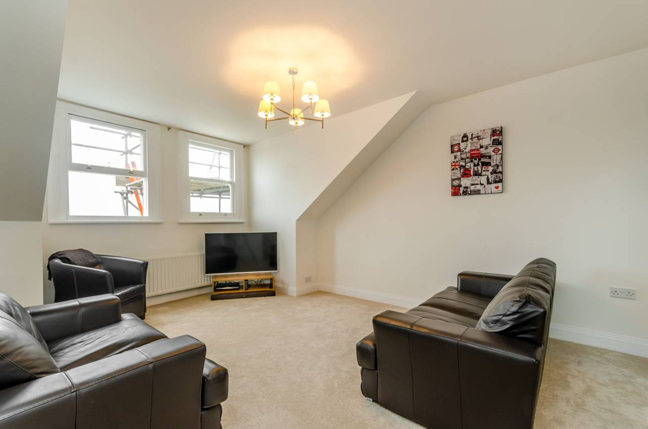 Property & Flats to rent with Foxtons Crystal Palace L2L5739-955