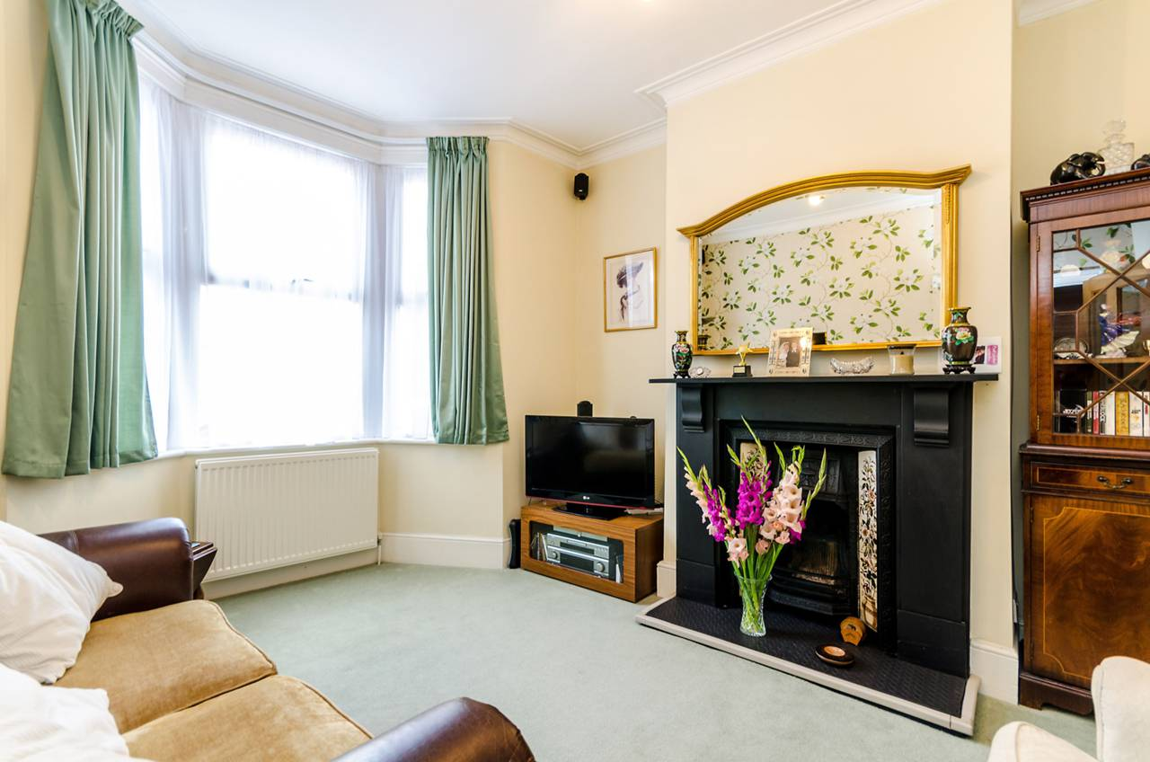 Property & Flats to rent with Foxtons Crystal Palace L2L5739-1024