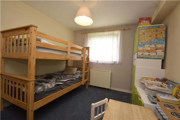 Flats And Apartments To Rent In Woodcote Green L2L5768-714