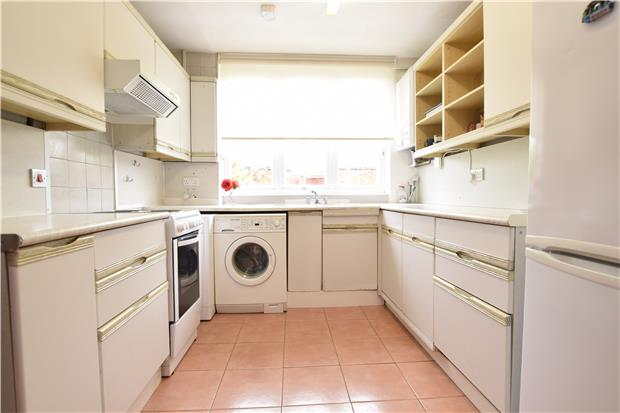 Parking And Other To Rent In Roehampton L2L5770-555