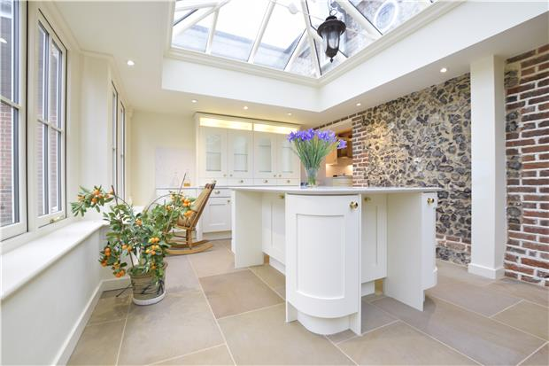 Property To Rent In London L2L5771-563