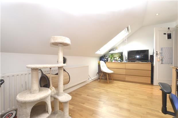 Flats And Apartments To Rent In London L2L5778-718