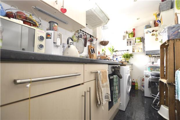 Flats And Apartments To Rent In Streatham L2L5778-718