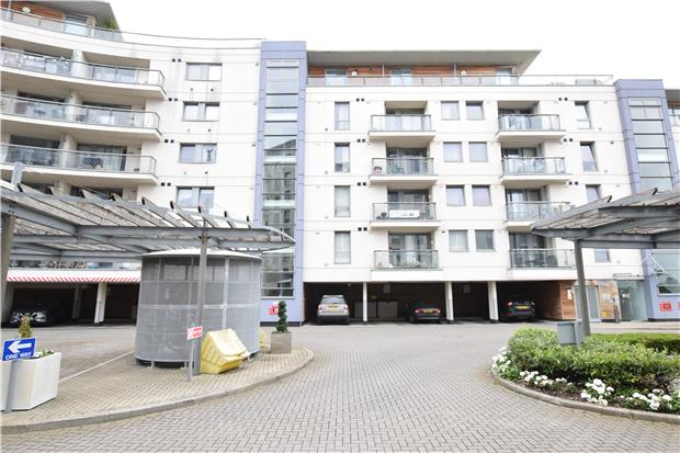 Flats And Apartments To Rent In Romford L2L5786-903