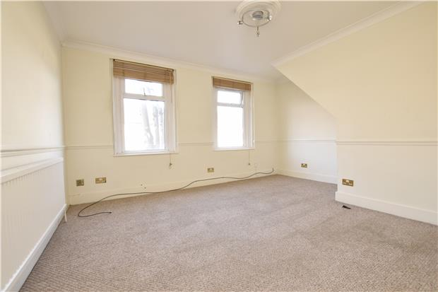 Property & Flats to rent with Andrews Letting and Management (ROMFORD) L2L5786-773