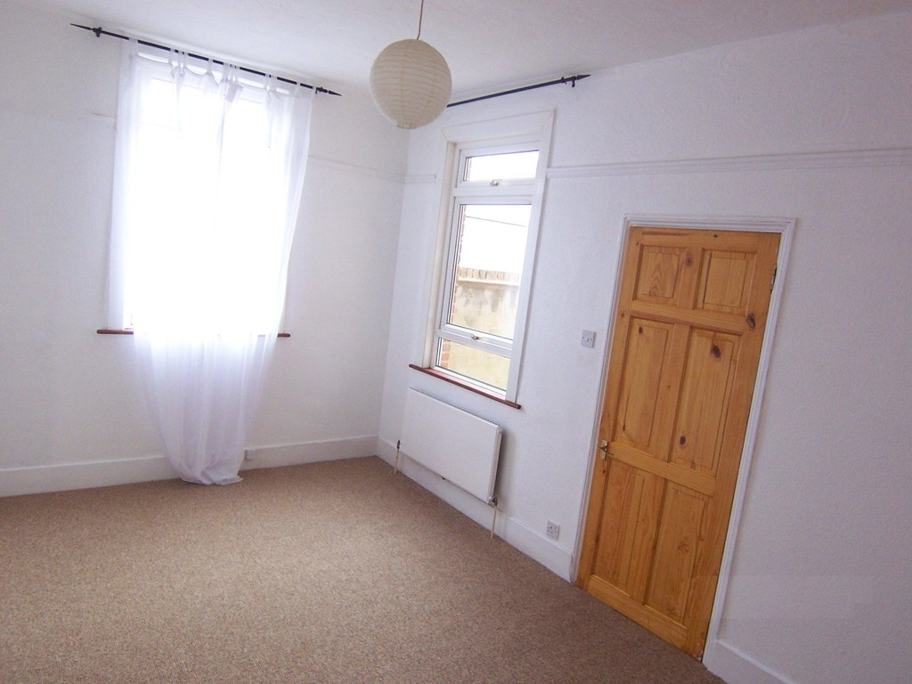 Rent In Selsdon Parade L2L5947-1098
