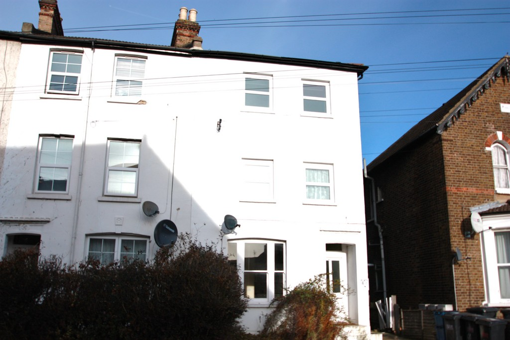 Rent In South Norwood L2L5947-1113