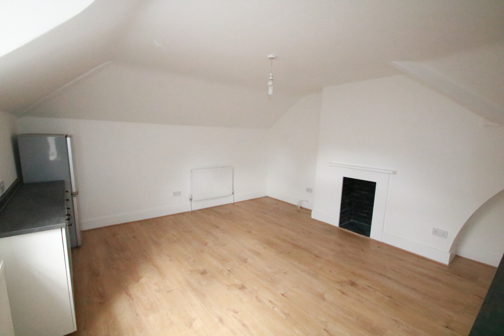 Flats And Apartments To Rent In East Croydon L2L5947-1575