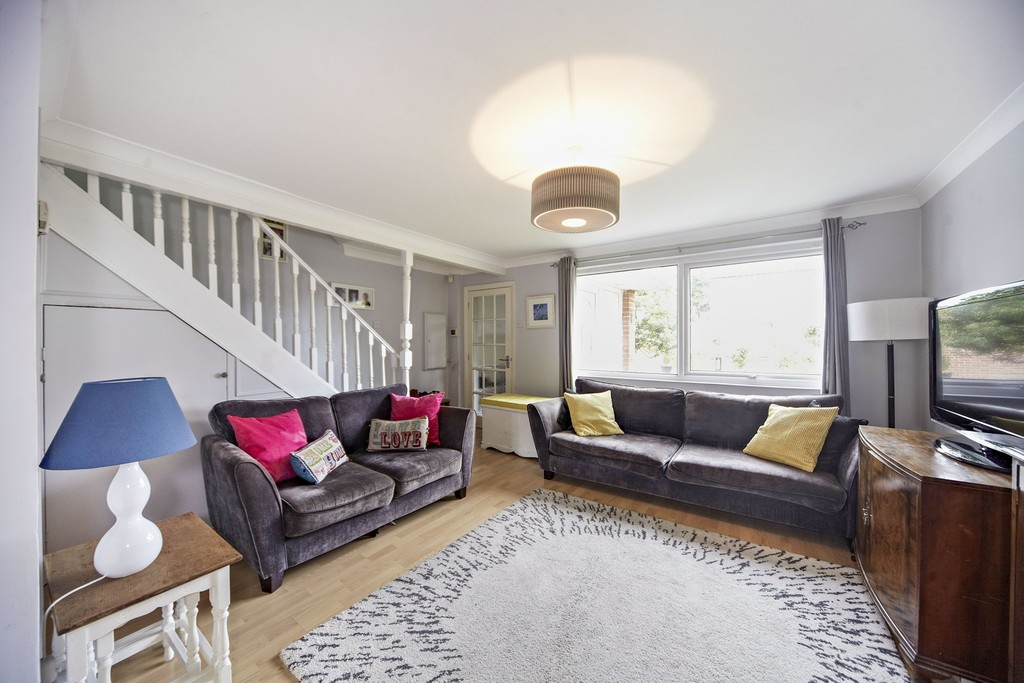 Rent In London L2L5947-1359
