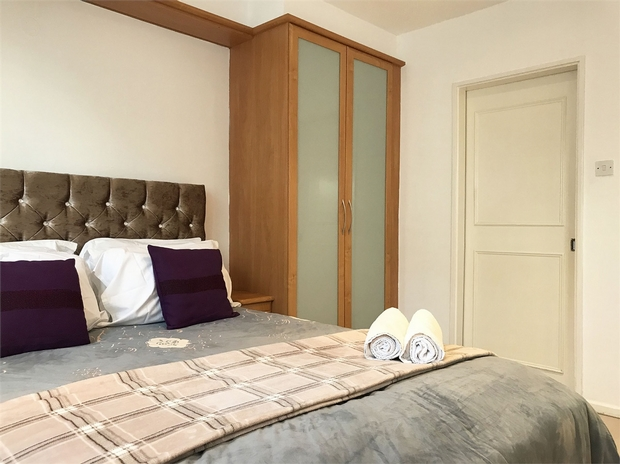 London Rental Property L2L595-100