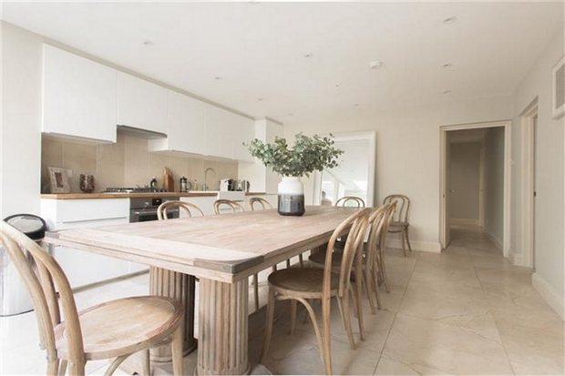 Property To Rent In London L2L595-100