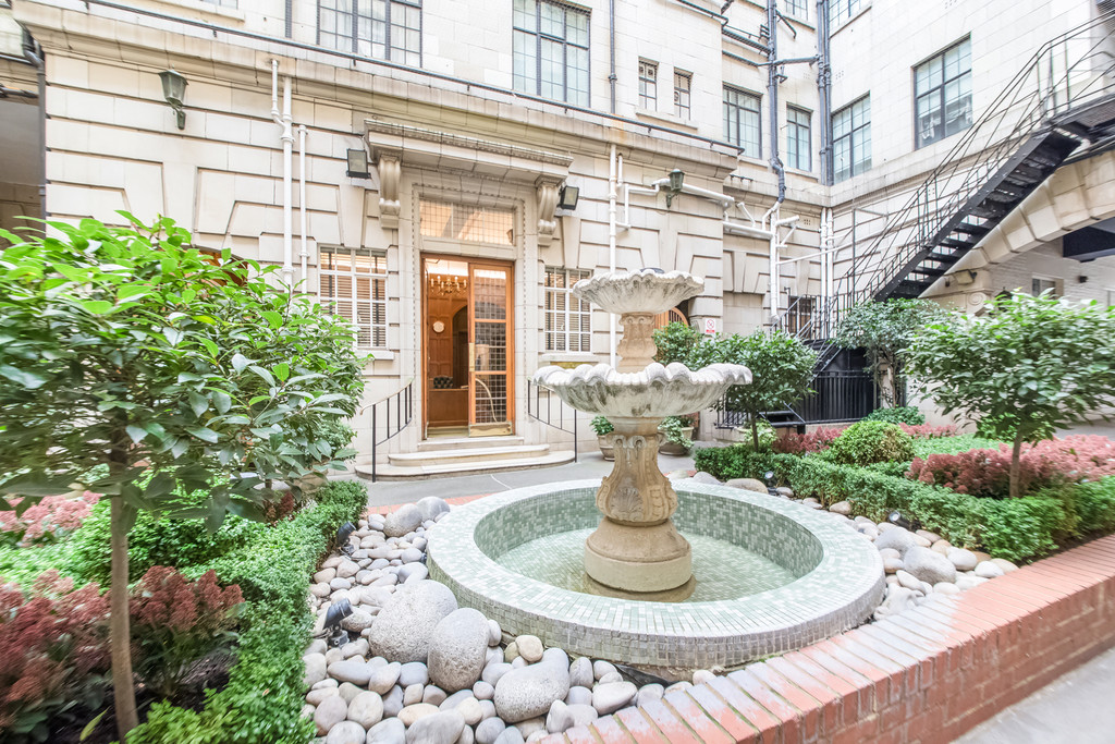 Flats And Apartments To Rent In Knightsbridge L2L5992-859