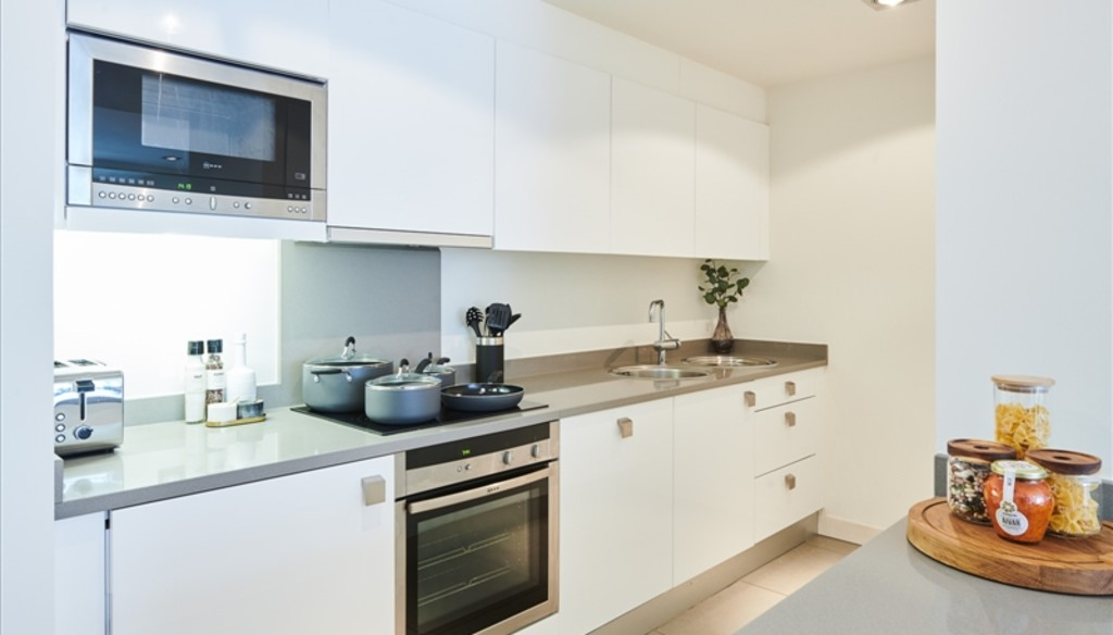 Flats And Apartments To Rent In London L2L5992-1365