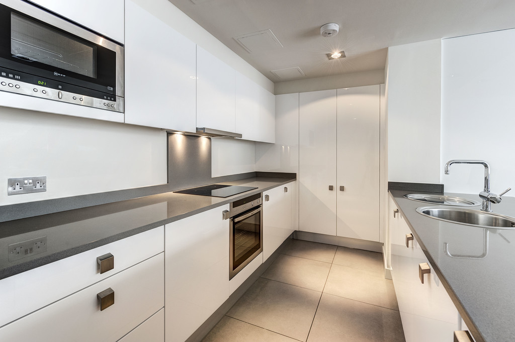 Flats And Apartments To Rent In London L2L5992-1367