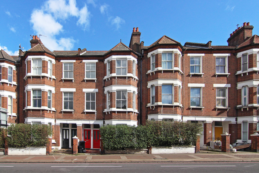 Flats And Apartments To Rent In Clapham L2L5992-2129