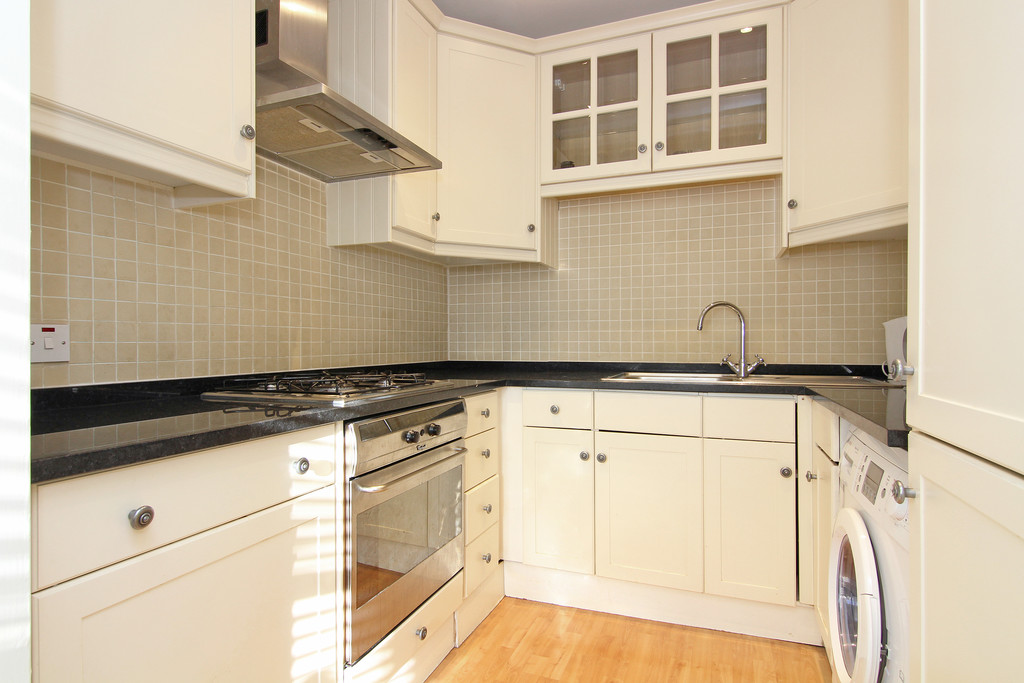 Flats And Apartments To Rent In London L2L5992-1117