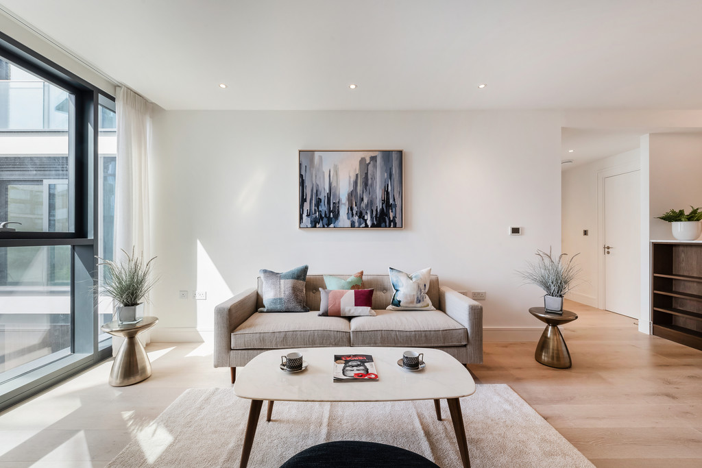 Property To Rent In London L2L5992-1146