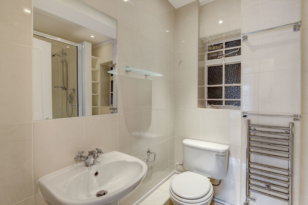 Flats And Apartments To Rent In Brompton L2L5992-1352