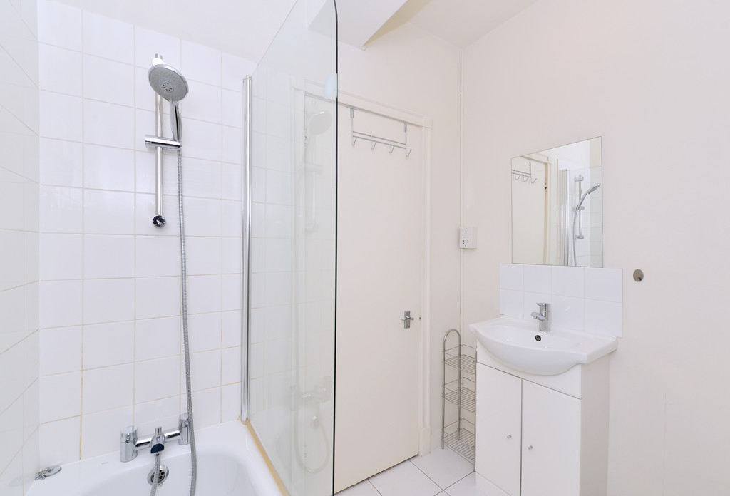 Flats And Apartments To Rent In Brompton L2L5992-1353